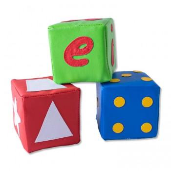 Dados cubos en espuma x 3 piezas (vocales, números, puntos)